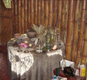 Los ingredientes preparados para una buena LIMPIA efectuada por chamanes locaes